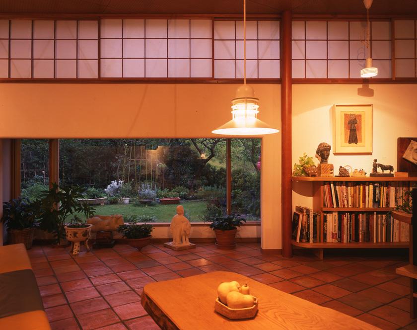 ギャラリーから窓正面